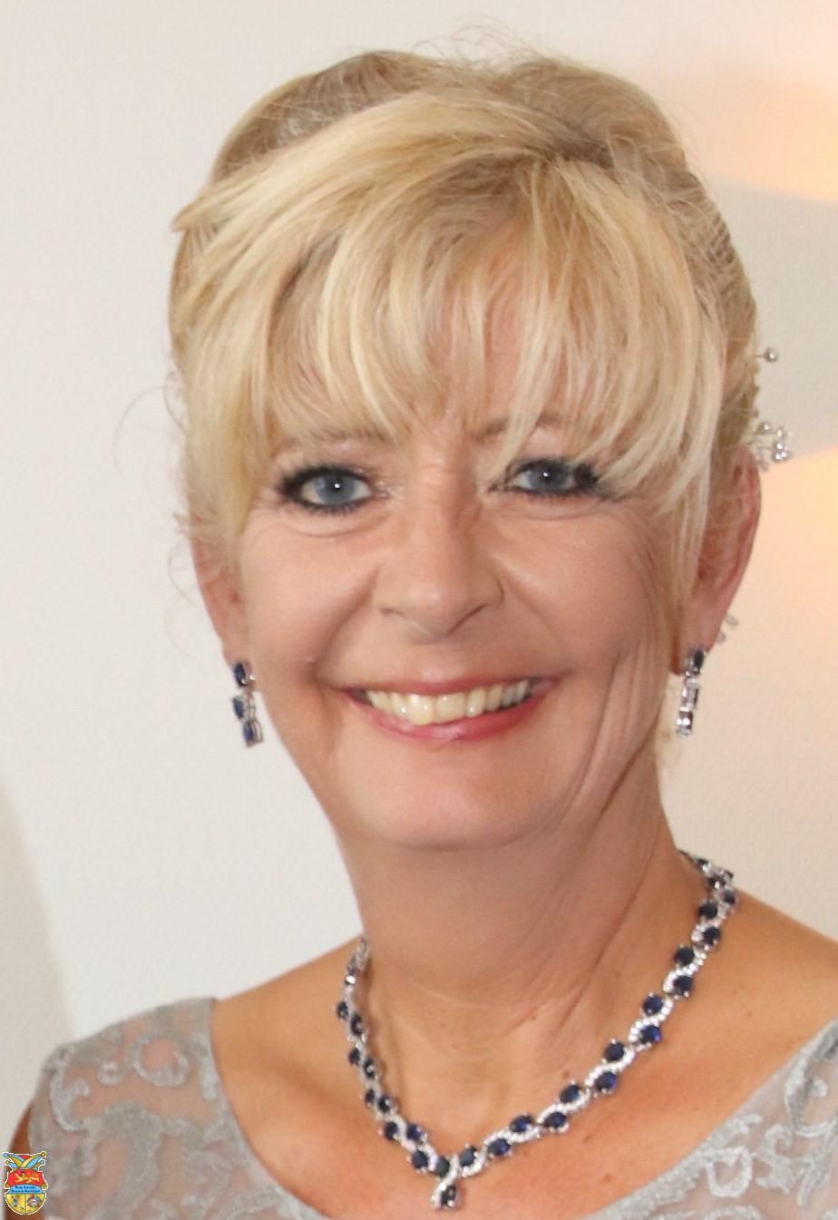 Sabine Lahnstein