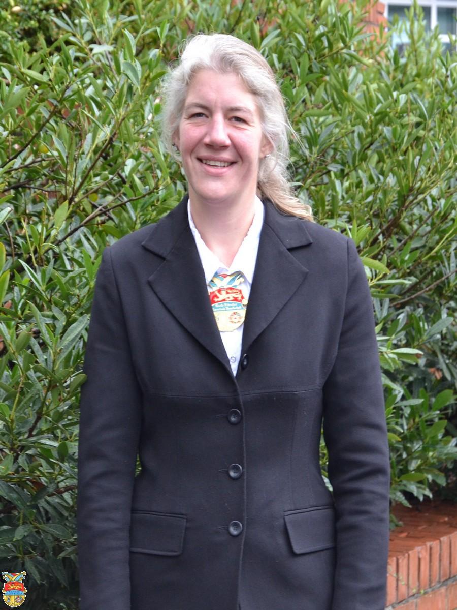 Nicole Neuendorf